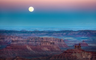 Trump cutting Bears Ears and other national monuments sets up environmental showdown