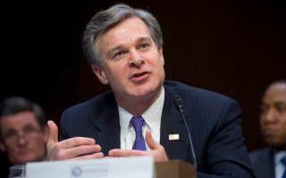 FBI Director Wray contradicts White House on Porter investigation