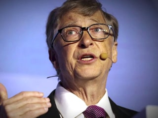 Microsoft board ousted Bill Gates after inappropriate relationship with staffer, new report says