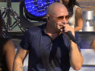 Pitbull Performs 'Timber' From His EP 'Meltdown'