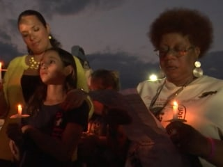 Hundreds Gather to Honor Fallen Journalists