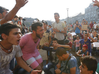 Protests Swell in Budapest as Police Shut Train Station