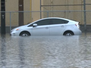 Torrential Rains Flood Honolulu Streets