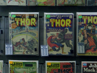 As Comics Go Digital, Readers Stick to Print