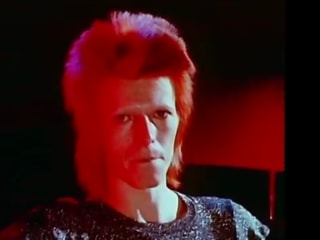 The Internet Lights Up With Tributes to David Bowie