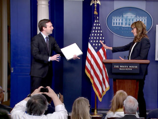 'West Wing' Actress Crashes White House Press Briefing