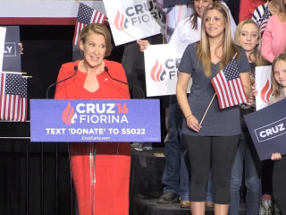 Carly Fiorina Sings to Ted Cruz's Daughters