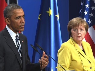 Obama Commends Merkel for Open-Door Refugee Policy