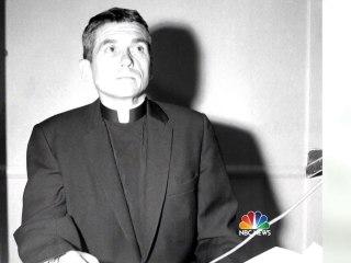 Daniel Berrigan, Jesuit Priest Who Opposed Vietnam War, Dead at 94