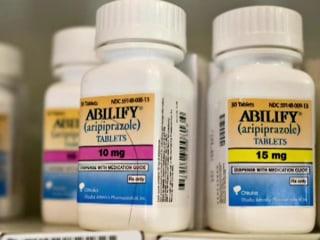 FDA Warns Antipsychotic Drug Can Cause Compulsive Behaviors