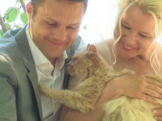 Canadian Couple Has Purr-fect Wedding at Cat Sanctuary