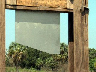 Florida Family Puts Up Guillotine for Sale