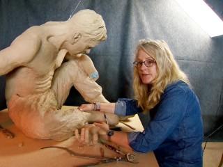 Sculptor Uses Art to Help Veterans Battling PTSD