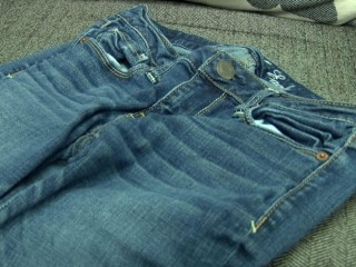 Schools Take On 'Skinny' Jeans