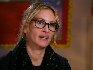 Red Nose Day: Julia Roberts Highlights School Nurse's Special Touch