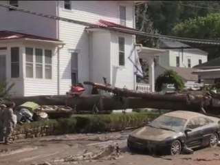 West Virginia floods begin to recede after days of devastation