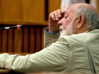 Barry Steenkamp: Pistorius 'Has to Pay' for Reeva's Murder