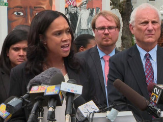 Citing Previous Acquittals, Prosecutor Drops Remaining Charges in Freddie Gray Case