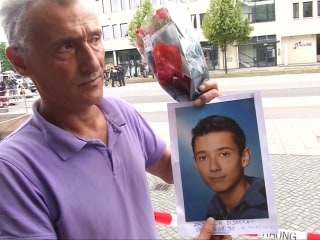 Grieving Dad Visits Scene of Munich Shooting
