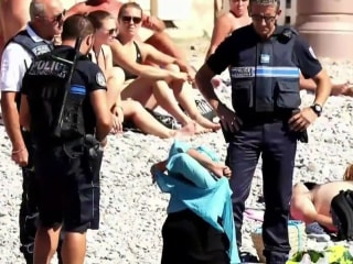 Police Forcing Woman to Disrobe Highlights Outrage Over 'Burkini' Bans