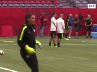 Hope Solo takes indefinite leave of absence from pro soccer
