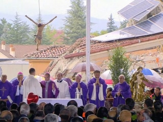 Mass Funeral for Quake Victims Held in Amatrice