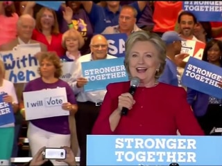 Clinton Continues Campaigning in Crucial Florida, Hoping to Widen Lead