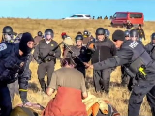 Dakota Pipeline: Police in Riot Gear Arrest Protesters