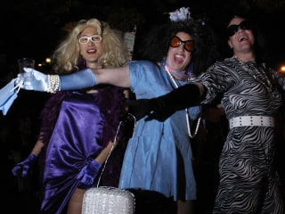 Queer 2.0: Gender-Bending Halloween Dos & Don'ts