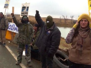 New Human Chain Disrupts Dakota Access Pipeline