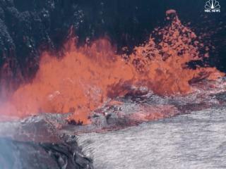 Lava Lake Bubbling on Hawaii's Mount Kilauea