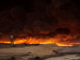 Months After ISIS, Iraqi Struggle to Put Out Burning Oil Fields