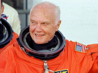 John Glenn was a 'quintessential American hero,' Tom Brokaw says