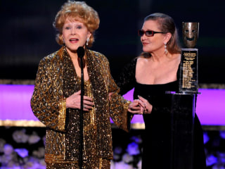 Joint Funeral for Carrie Fisher and Debbie Reynolds Under Consideration