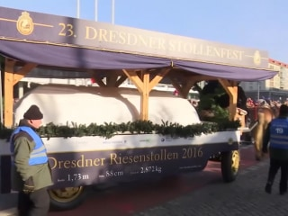 Giant Christmas Cake Unveiled at Parade