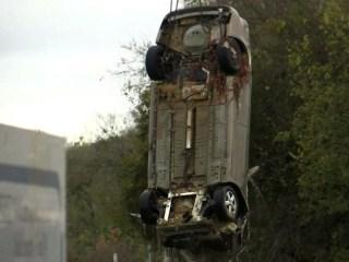 Massive Sinkhole Swallows Two Cars, Kills Sheriff's Deputy