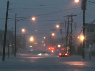 Deadly nor'easter slams East Coast; messy commute for millions