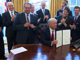 Trump Signs Executive Order to Create Regulatory Reform Task Forces