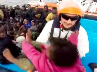 Italian Coast Guard Rescues 1,300 Migrants in One Day
