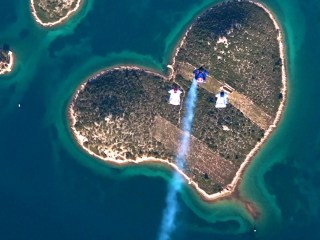 Skydivers Swoop Over 'Island of Love' for Valentine's Day