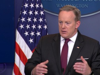 White House: Fight Over Transgender Bathrooms in School Belongs at State Level
