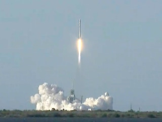 SpaceX Successfully Launches a Re-Used Rocket for First Time