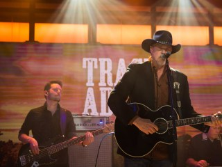 Watch Trace Adkins Perform 'Watered Down' on TODAY