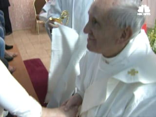 Pope Francis Washes Feet of Prisoners in Easter Tradition
