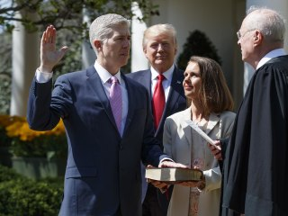 Watch Neil Gorsuch Take the Judicial Oath As Supreme Court Justice