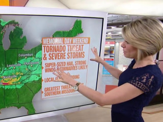 Tornadoes, thunderstorms threaten 61 million through Midwest