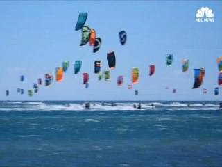 Kitesurfers Flood the French Waters for Defi Kite Title