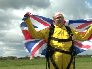 101-Year-Old D-Day Veteran Breaks Tandem Skydive Record