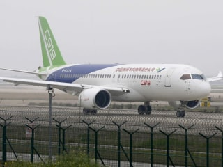 China's First Domestically-Produced Large Passenger Jet Prepares for Takeoff
