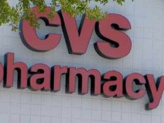 Woman Locked in CVS While Trying to Buy Card